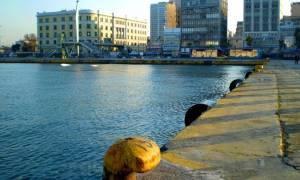 Θρίλερ στο λιμάνι του Πειραιά: Γυναίκα ανασύρθηκε νεκρή