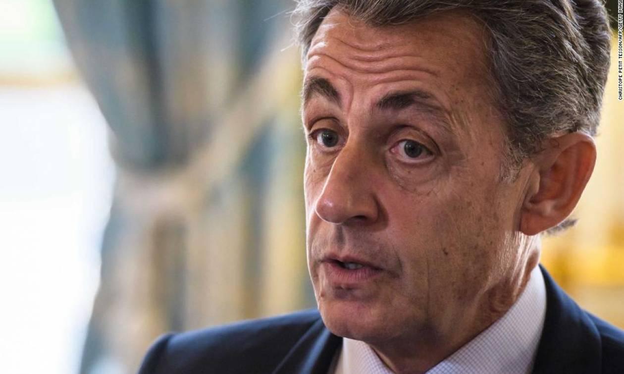Ραγδαίες εξελίξεις στη Γαλλία: Οι δικαστικές αρχές απήγγειλαν κατηγορίες στον Νικολά Σαρκοζί