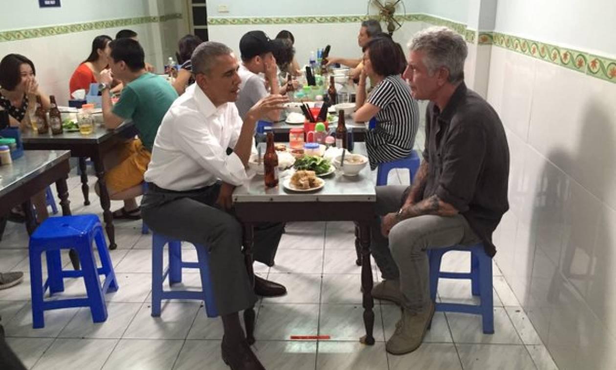 Σε... μουσείο μετέτρεψαν την καντίνα όπου έφαγε ο Ομπάμα στο Βιετνάμ! (pics)