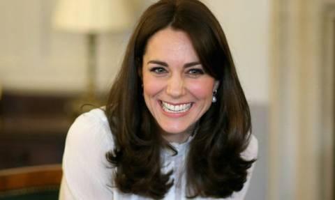 Η Kate Middleton γεννάει και αυτή είναι η τελευταία της δημόσια εμφάνιση
