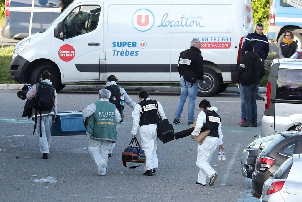 Γαλλία: Συγκλονίζουν οι μαρτυρίες από τις στιγμές φρίκης που έζησαν οι όμηροι στο σούπερ μάρκετ