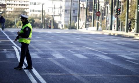 Προσοχή! Κυκλοφοριακές ρυθμίσεις στο κέντρο της Αθήνας λόγω παρέλασης