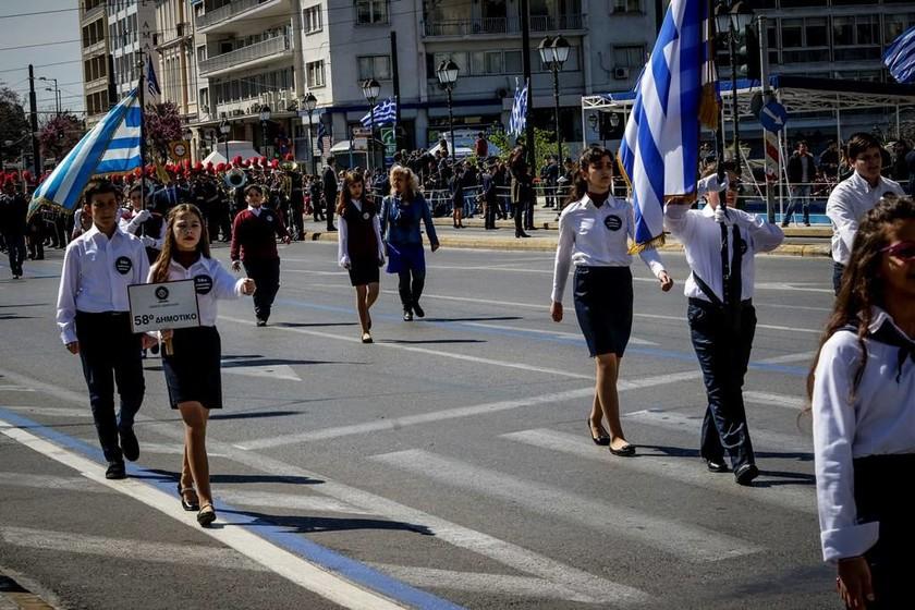 25η Μαρτίου: Οι μαθητές τίμησαν την επέτειο της Ελληνικής Επανάστασης (photos)