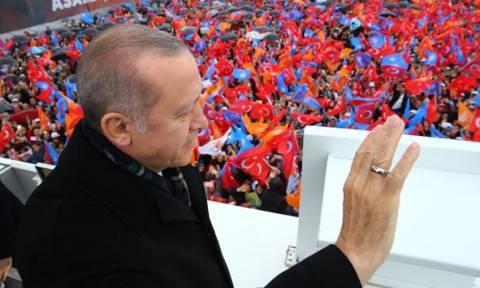Εκτός ελέγχου ο Ερντογάν, απειλεί με αιματοκύλισμα: Θα πάρουμε ζωές για τη μεγάλη Τουρκία