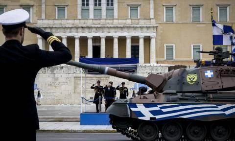 25η Μαρτίου: Μεγαλειώδης η στρατιωτική παρέλαση στο κέντρο της Αθήνας (pics)