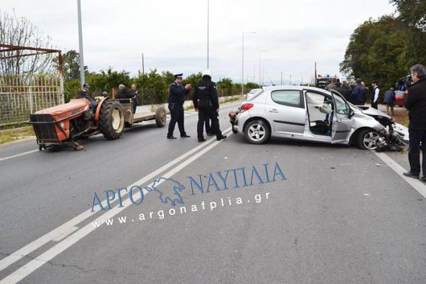 Τραγωδία στο Ναύπλιο: Οδηγός βρήκε φρικτό θάνατο έπειτα από σύγκρουση με τρακτέρ (pics)