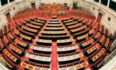Νέα στοιχεία στη Βουλή για την προμήθεια εμβολίων επί Αβραμόπουλου