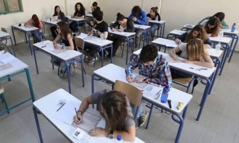 Πανελλήνιες - Πανελλαδικές Εξετάσεις: Αυτές τις αλλαγές εξετάζει το υπουργείο Παιδείας
