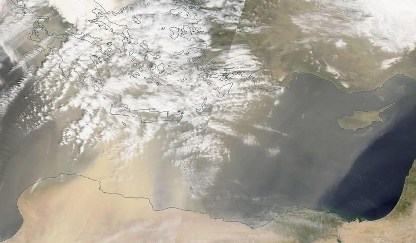 «Η Σαχάρα ήρθε… στην Ελλάδα» - Τεράστια τα επίπεδα της αφρικανικής σκόνης (pics)