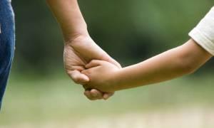 Επίδομα παιδιού: Δείτε πότε θα γίνει η πληρωμή