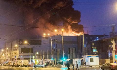 Τραγωδία στη Ρωσία: Εννέα παιδιά νεκρά από πυρκαγιά σε εμπορικό κέντρο (Pics+Vids)