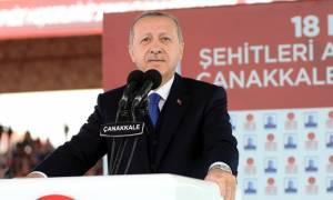 Γιούνκερ - Τουσκ σε Ερντογάν: Απελευθερώστε άμεσα τους δύο Έλληνες στρατιωτικούς