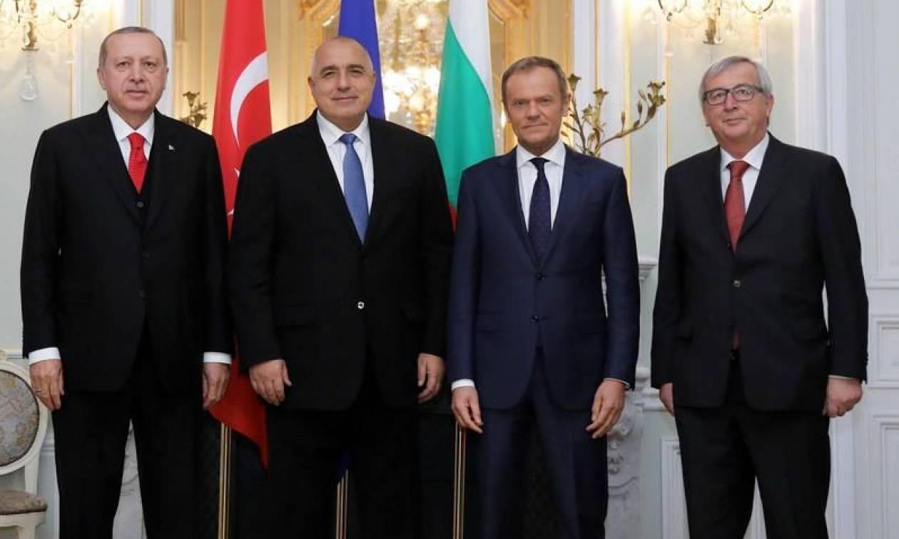 Σύνοδος Κορυφής: Καμία πρόοδος για στρατιωτικούς και προκλήσεις – Ερντογάν: Φέρτε μας τα λεφτά