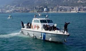 Λέρος: Εντοπίστηκε ιστιοφόρο με 73 μετανάστες και πρόσφυγες - Συνελήφθησαν δύο άτομα