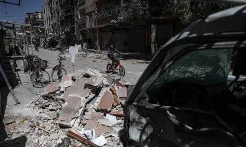Συρία: Τουλάχιστον 27 άμαχοι νεκροί από βομβαρδισμούς αντικαθεστικών δυνάμεων