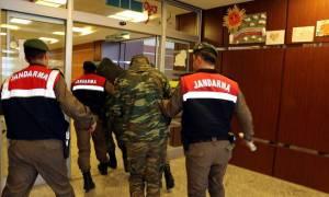 Κίνηση - ματ για να αποφυλακιστούν οι δύο Έλληνες στρατιωτικοί