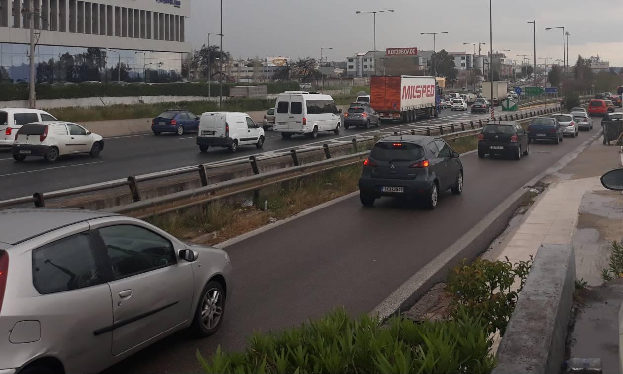 Κυκλοφοριακό χάος στην Αθηνών - Λαμίας - Μποτιλιάρισμα χιλιομέτρων σε άνοδο και κάθοδο