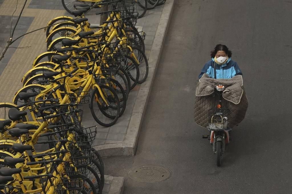 Αμμοθύελλες «έπνιξαν» την Κίνα - Μπλε συναγερμός στο Πεκίνο (pics+vid)