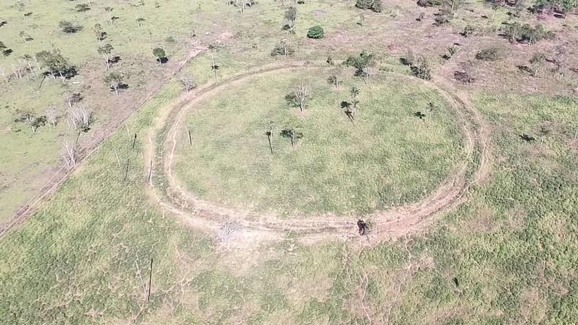 Αμαζόνιος: Ανακαλύφθηκαν μυστηριώδη γεωγλυφικά και χαμένα χωριά πριν από τον Κολόμβο