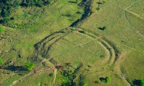 Αμαζόνιος: Ανακαλύφθηκαν μυστηριώδη γεωγλυφικά και χαμένα χωριά προ... Κολόμβου!