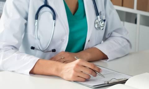 Παρατείνεται η θητεία των επικουρικών γιατρών