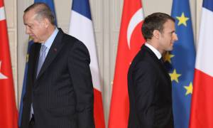 Ραγδαίες εξελίξεις: O Μακρόν στέλνει στρατό στη Συρία για να μπλοκάρει την εισβολή της Τουρκίας