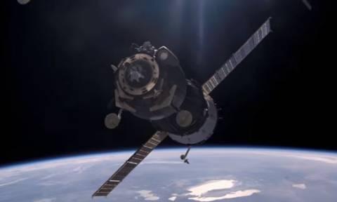 «Φαντασμαγορικό θέαμα» από τη διάλυση του διαστημικού σταθμού - Δεν θα πέσει στα κεφάλια μας!