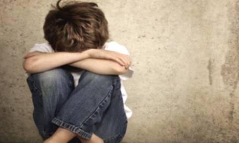 Φρίκη στη Ρόδο – Βίαζε 8χρονο ενώ τον έβαζε να βλέπει βίντεο με σεξουαλικό περιεχόμενο