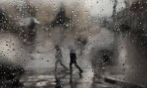 Καιρός Πάσχα 2018: Βροχές και καταιγίδες την Κυριακή - Δείτε σε ποιες περιοχές