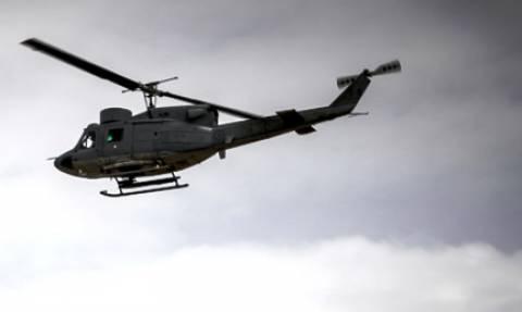 Λευκάδα: Αεροδιακομιδή τραυματία αιωροπτεριστή από ελικόπτερο της Πολεμικής Αεροπορίας