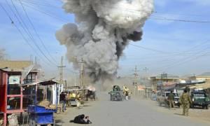 Αφγανιστάν: «Πολλά θύματα» σε αεροπορική επιδρομή εναντίον συγκέντρωσης των Ταλιμπάν