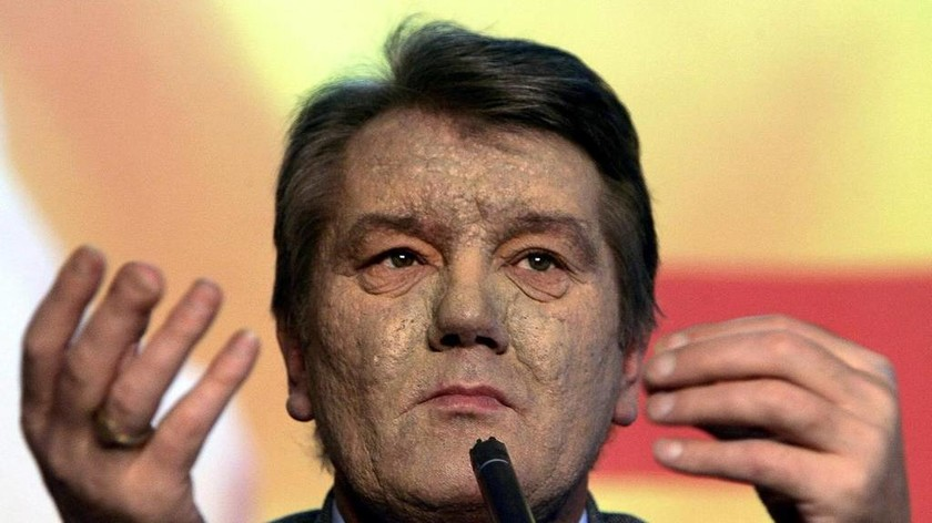 Βίντεο σοκ: «Δείτε πώς έγινε το πρόσωπό μου από το δηλητήριο των Ρώσων» (pics)