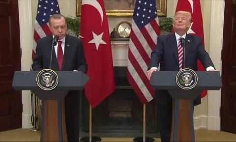Ο Τραμπ ρίχνει «πόρτα» στον Ερντογάν και στρέφεται στην Ελλάδα!