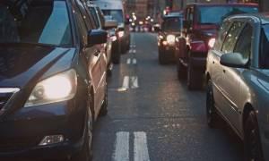 Πάσχα: Πότε πρέπει να ταξιδέψεις για να μην συναντήσεις κίνηση