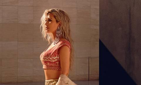 Η Kim Kardashian στράβωσε (ξανά) πόρτα για να φανεί πιο αδύνατη