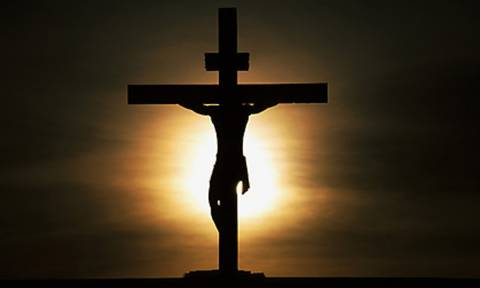 Πάσχα 2018 - LIVE: Η Ακολουθία των Αγίων Παθών - «Σήμερον κρεμάται επί ξύλου»