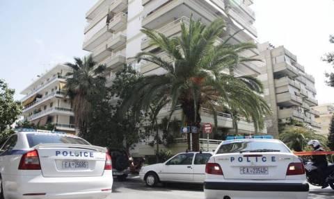 Βουλιαγμένη: Στιγμές τρόμου για δικηγόρο και το παιδί της - Ένοπλοι τους κράτησαν ομήρους