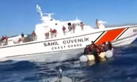 Νέο βίντεο – ντοκουμέντο: Η στιγμή που τουρκική ακταιωρός εμποδίζει διάσωση μεταναστών στη Χίο