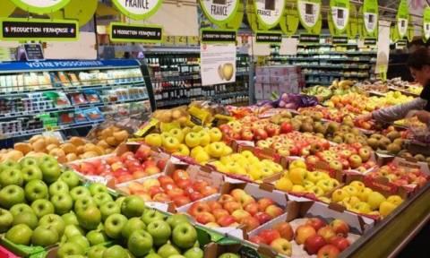 Αυτή η χώρα «αναγκάζει» τα σουπερμάρκετ να δίνουν το απούλητο φαγητό τους σε φτωχούς!