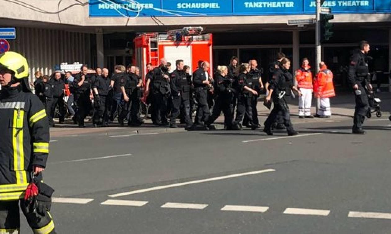 Τρόμος στη Γερμανία: Οι πρώτες φωτογραφίες από το Μύνστερ, όπου φορτηγό σκόρπισε το θάνατο
