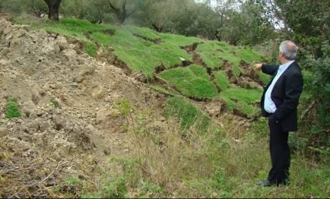 Εικόνες σοκ στην Κρυοπηγή Πρέβεζα: Η γη «κόβεται» και μετακινείται! (pics)