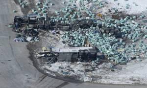 Βυθισμένος στο πένθος ο Καναδάς μετά το τραγικό τροχαίο με τους 15 νεκρούς (Pics+Vids)