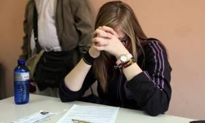 Πανελλαδικές εξετάσεις: Οι αριθμοί που καθορίζουν την τύχη των υποψηφίων