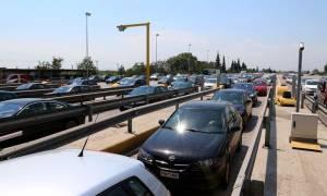 Πάσχα 2018: Επιστρέφουν οι εκδρομείς - Ουρά 30 χλμ. στην Αθηνών - Κορίνθου (vid)