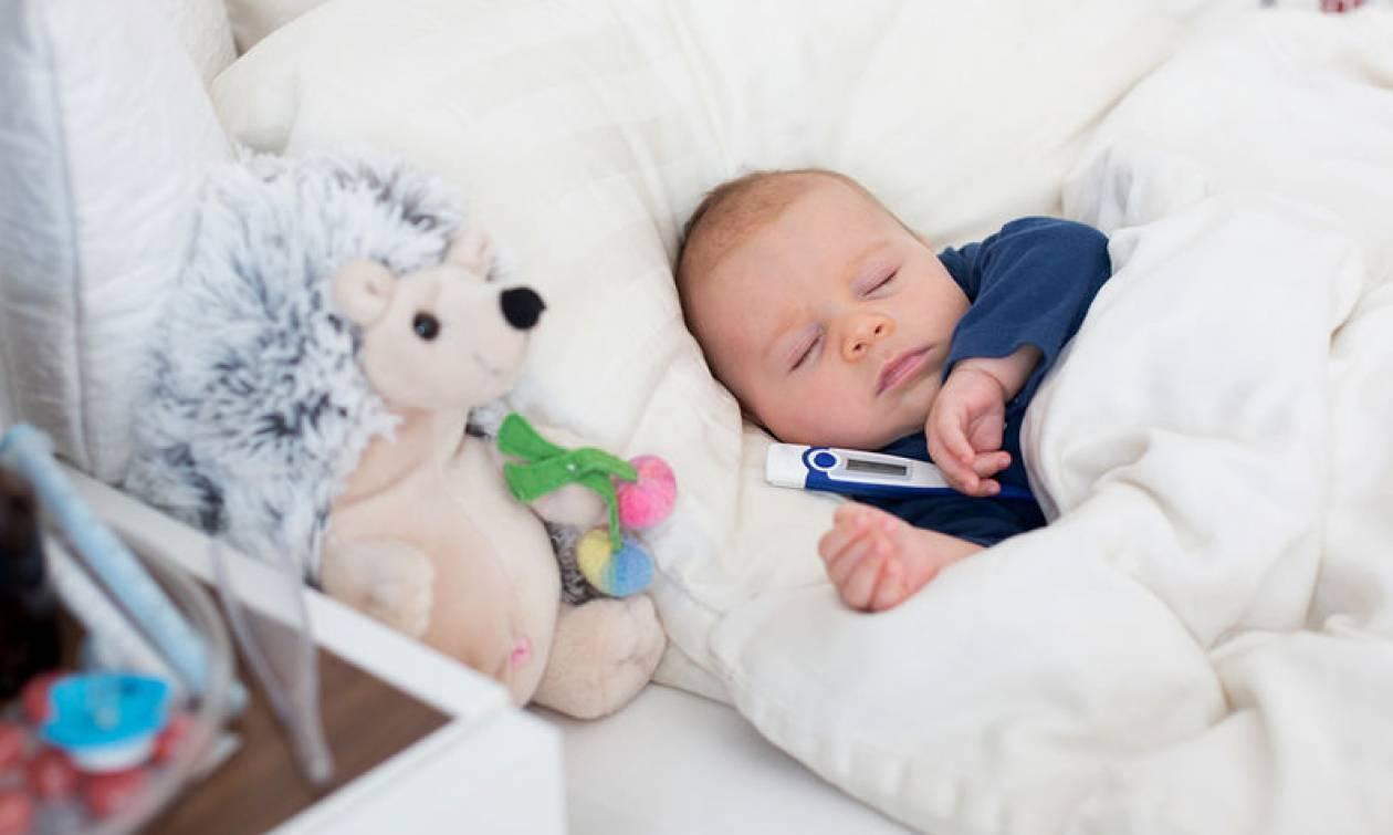 Πυρετός: Οι ειδικοί καταρρίπτουν 4 επίμονους μύθους