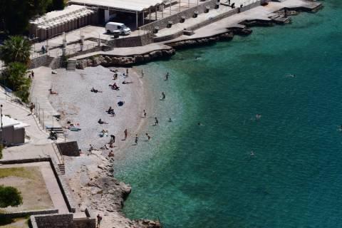 Τα πρώτα ανοιξιάτικα μπάνια στο Ναύπλιο (pics)
