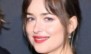 Dakota Johnson: «Μετά τη νέα μου ταινία χρειάστηκα ψυχοθεραπεία»