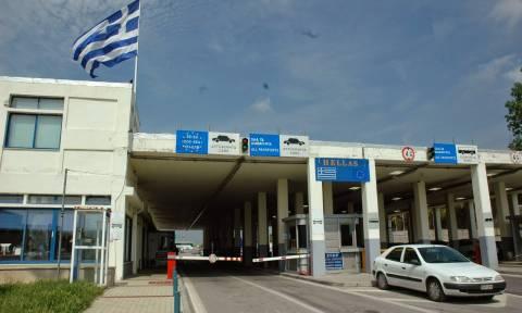 Αλεξανδρούπολη: Χειροπέδες σε 34χρονο Σκοπιανό που μετέφερε μετανάστες