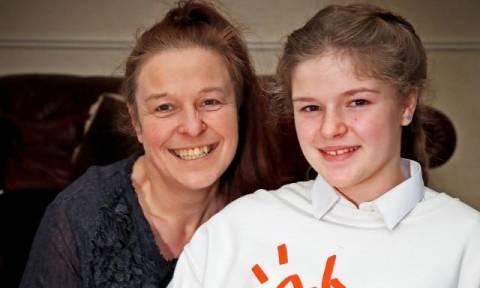 Βρετανία: 12χρονη που γλύτωσε από το μακελειό στο Μάντσεστερ προσκλήθηκε στον γάμο του πρίγκιπα Χάρι