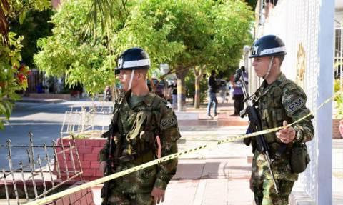 Κολομβία: Οκτώ αστυνομικοί σκοτώθηκαν από έκρηξη βόμβας